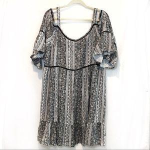 Plus Size Dress Peep Shoulder w flare sleeves